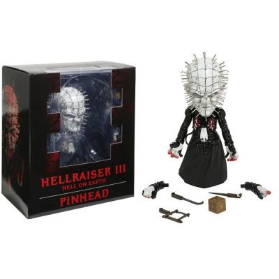 Hellraiser Pinhead Deluxe Stylized roto figure Mezco