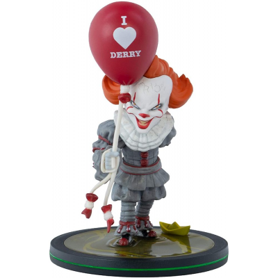 """IT Chapter 2 Pennywise """"I Heart Derry"""" Q-Fig Diorama Figure Quantum Mechanix"""